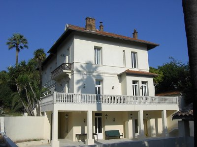 New large luxury villa in central Cannes